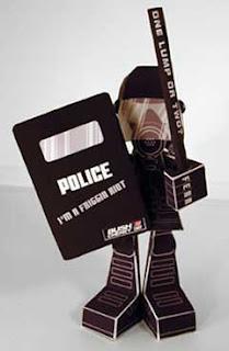 Riot Cop Papercraft