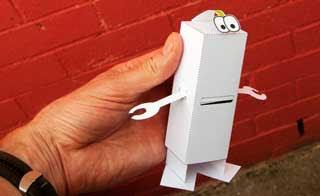 Moire Robot Papercraft