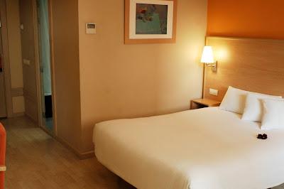 Una de las habitaciones del Hotel Travelodge Hospitalet
