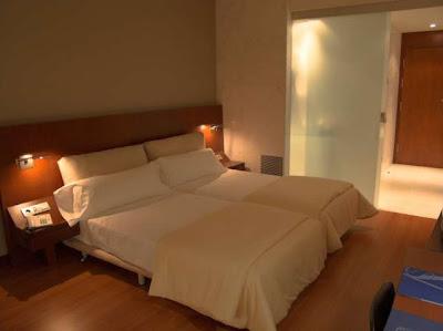 una de las habitaciones del Hotel Solvasa Barcelona