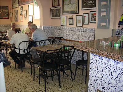 interior del bar córdoba de l'Hospitalet de llobregat