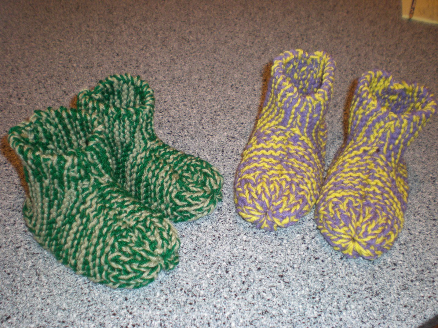 Free Knitting Pattern For Easy Slippers With Cuffs