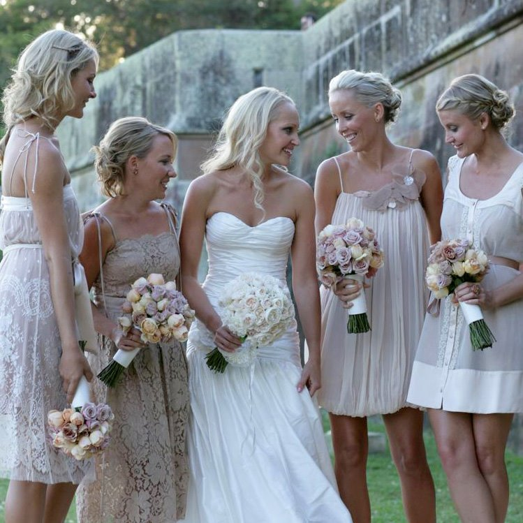Something Blue Wedding Company: Mismatched Bridesmaids Dresses