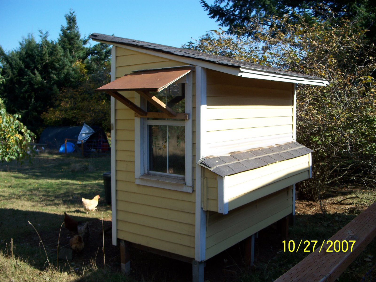 Free home plans small chicken house plans for Free coop plans