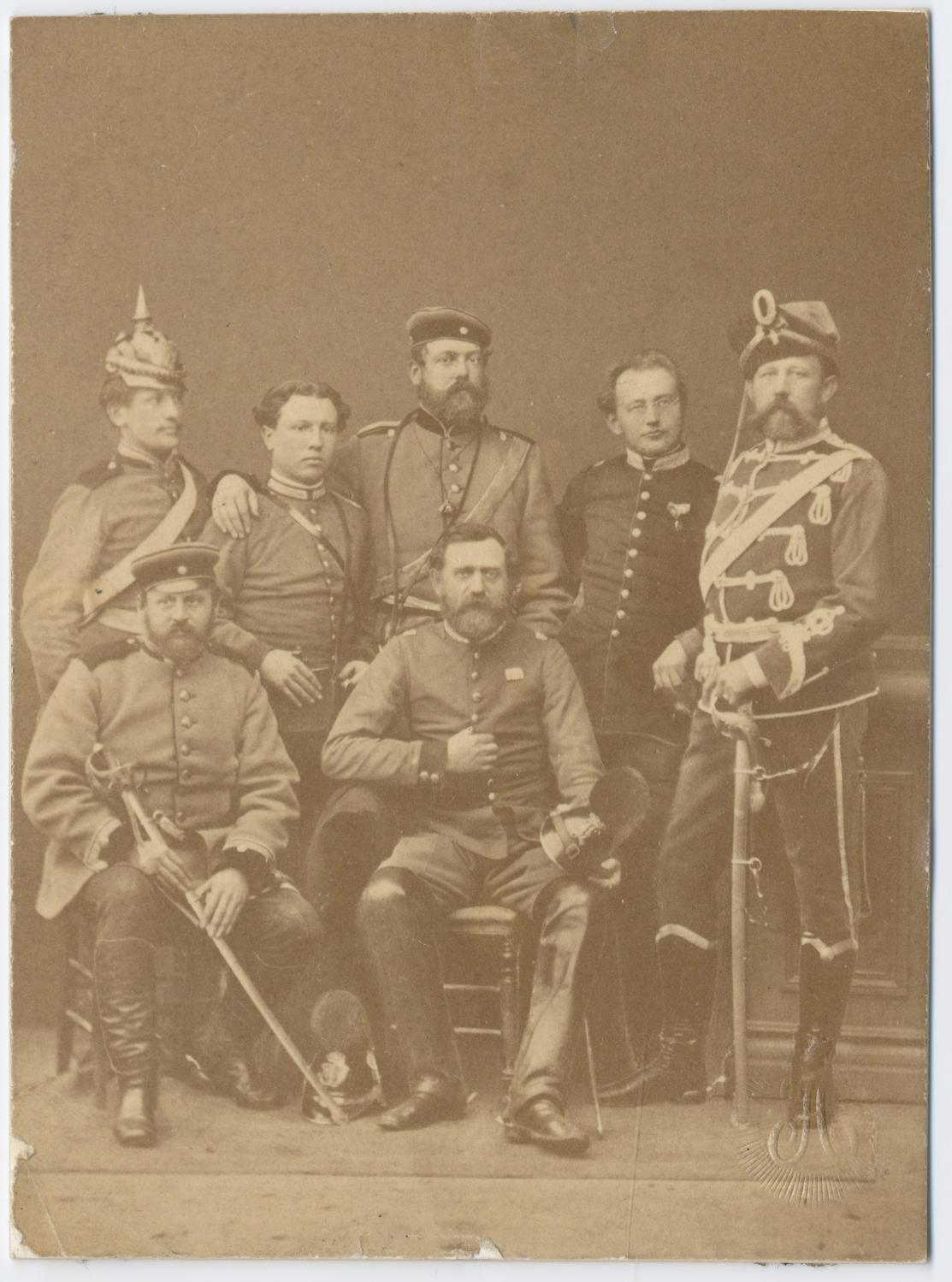 Pruští důstojníci
