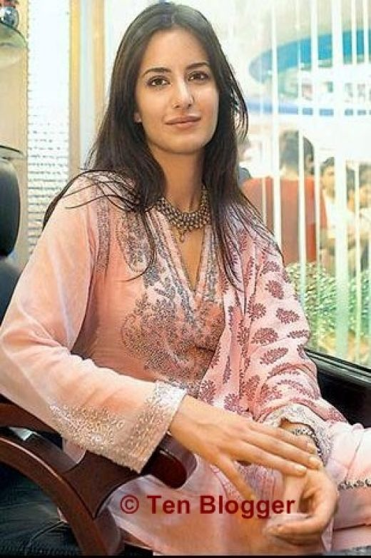 Katrina Kaif without make-up - still looks beautiful and sober