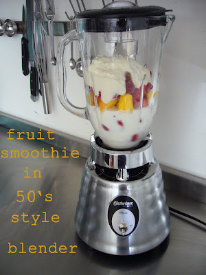 fruit smoothie in 50's style blender
