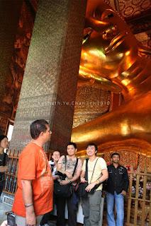 reclining buddha, wat pho, thailand trip, thailand itinerary