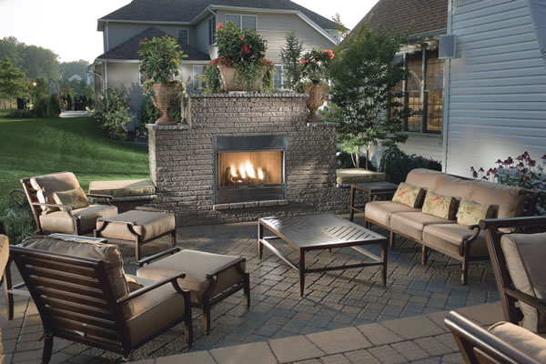 Crazy outdoor patio design ideas oddiworld for Outside fireplace plans