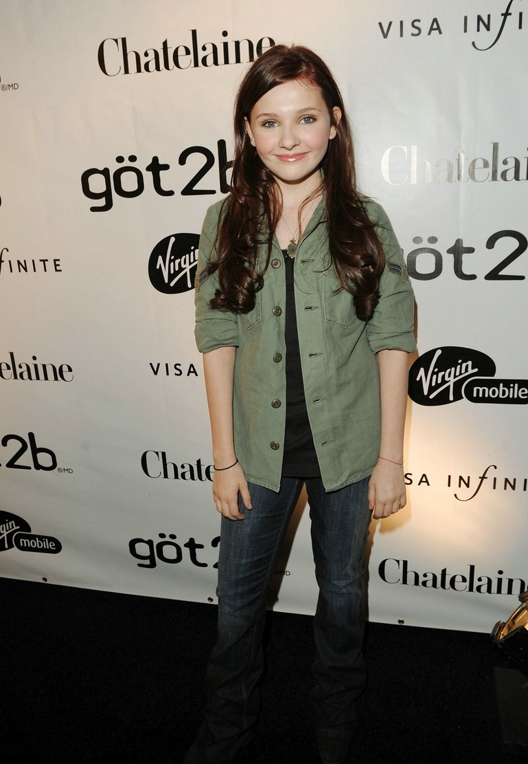 Pics For > Abigail Breslin Zombieland Premiere