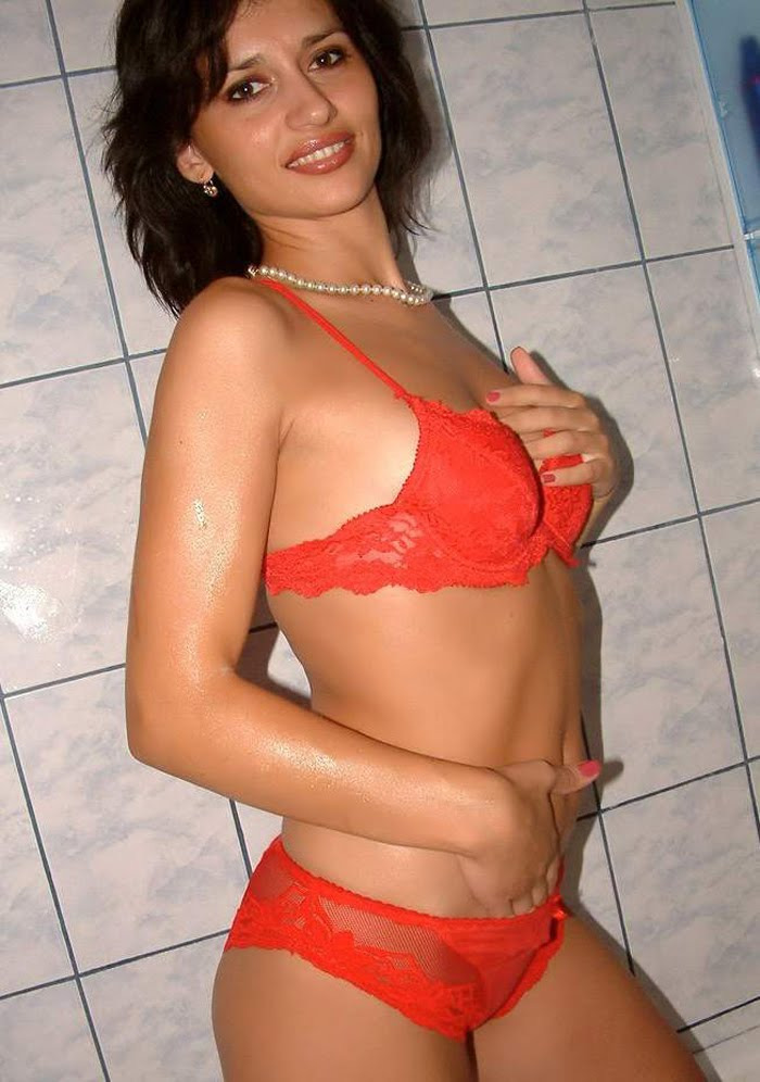 Absolutely with Hot and sexy bhabhi bikini pic much