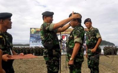 Foto Pelantikan 659 Pasukan Satuan Infantri Jadi Satuan Batalyon Raider 112/Dharma Jaya oleh Wakasad