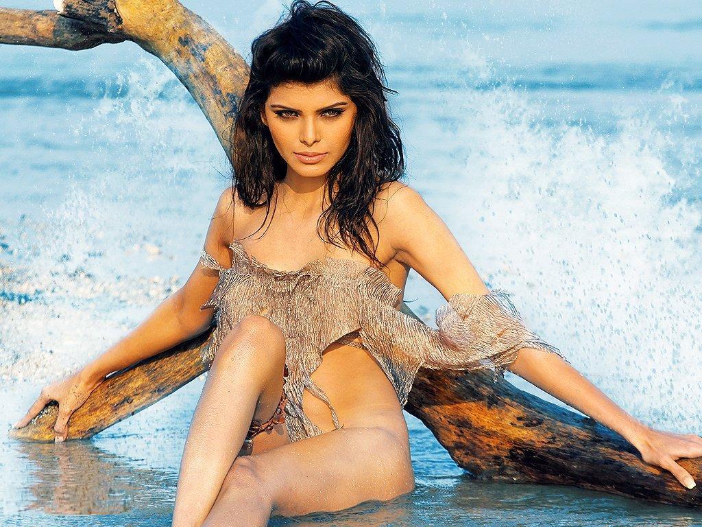 голые фото индийские актрисы