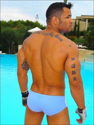 Swimpixx - pics of men in swimmwer: speedos, aussiebum, sungas, & nike. Brazilian homens nos sungas abraco sunga. Free photos of speedo men, hot gay men in speedos and aussiebum. Swimpixx blog for sexy speedos