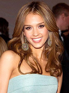 Jessica Alba might go under knife!