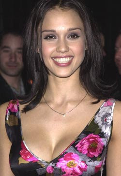Jessica Alba vows never to Strip on-screen