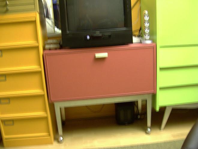 meubles cr ations bar sur roulettes. Black Bedroom Furniture Sets. Home Design Ideas