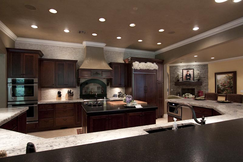 Tulsa luxury real estate south tulsa area luxury home for for Luxury kitchen