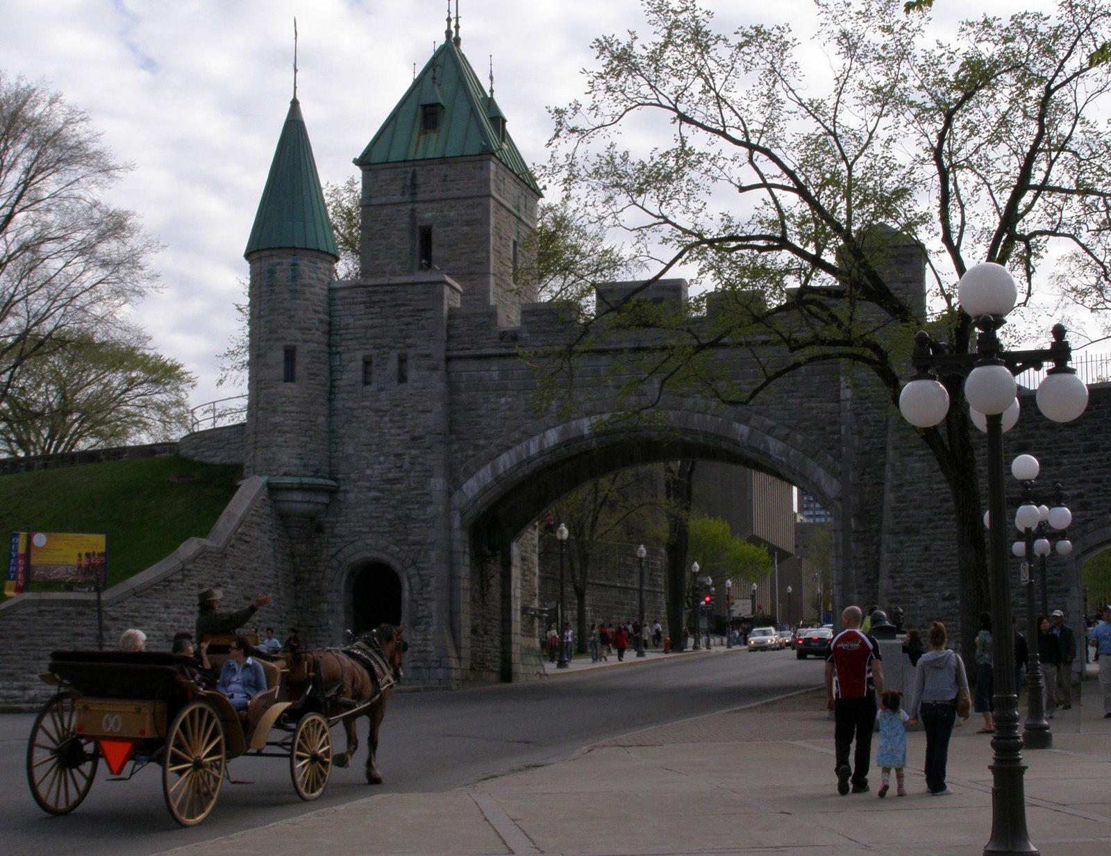 saint-louis gate, quebec city