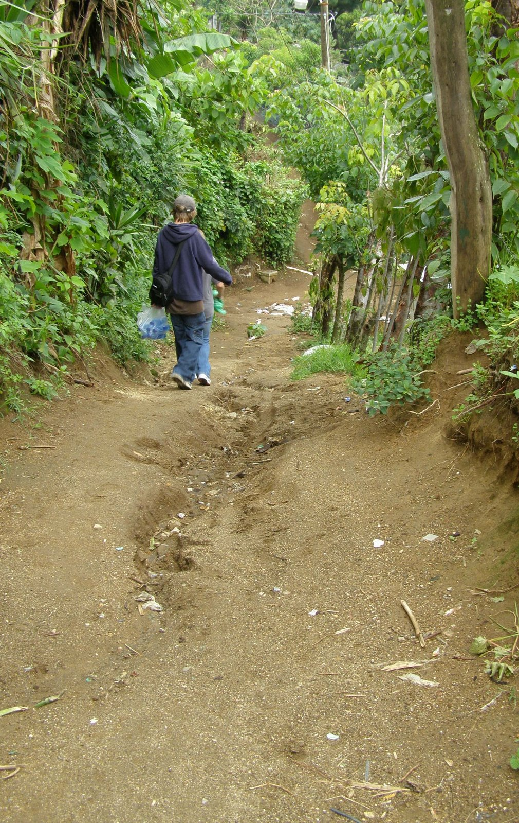 dirt path in pastores