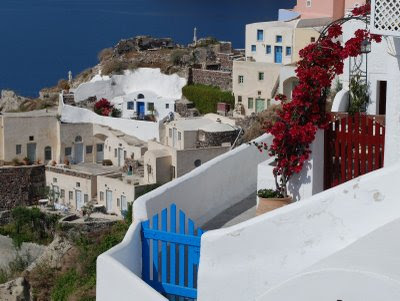 pictures of greece homes