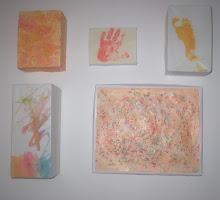 molduras feitas com caixas de cartão