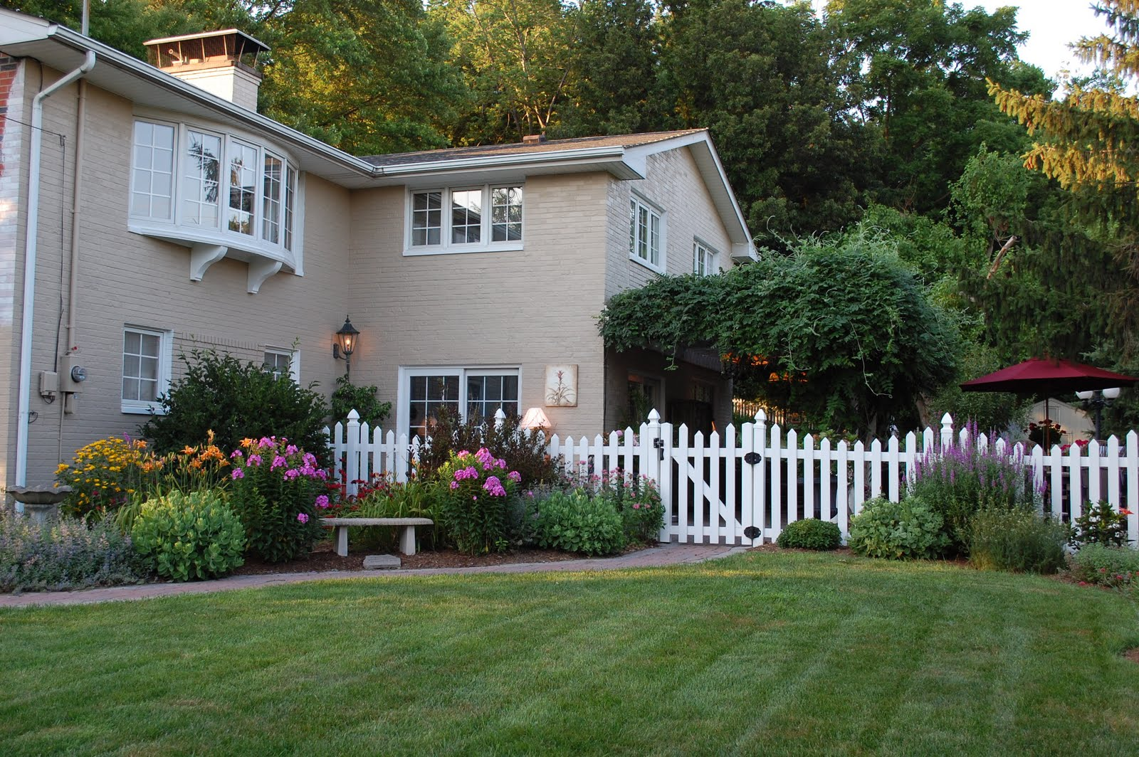 Home Exterior Makeover 28 Images 9 Home Exterior Makeovers Coldwell Banker Insider Look At