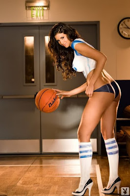 Sexy Model, Hope Dworaczyk Playing Basketball And Show Her Body Art Painting