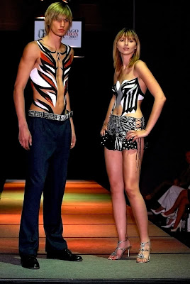 Body Art Painting Showed On Catwalk