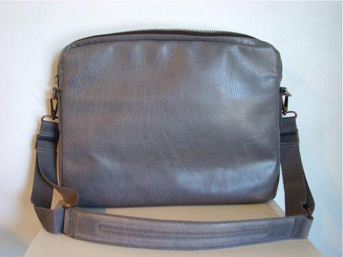 [matt&nat_briefcases15.jpg]