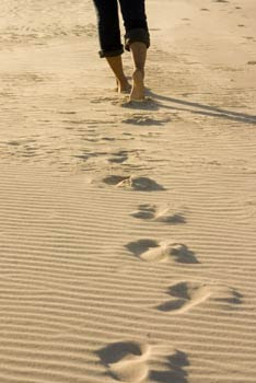 Beautiful poem footprints in the sand