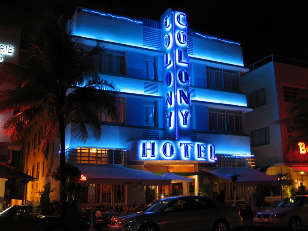 Miami On The Cheap >> Bachelorette Party Ideas 8 Miami On The Cheap The Colony Hotel