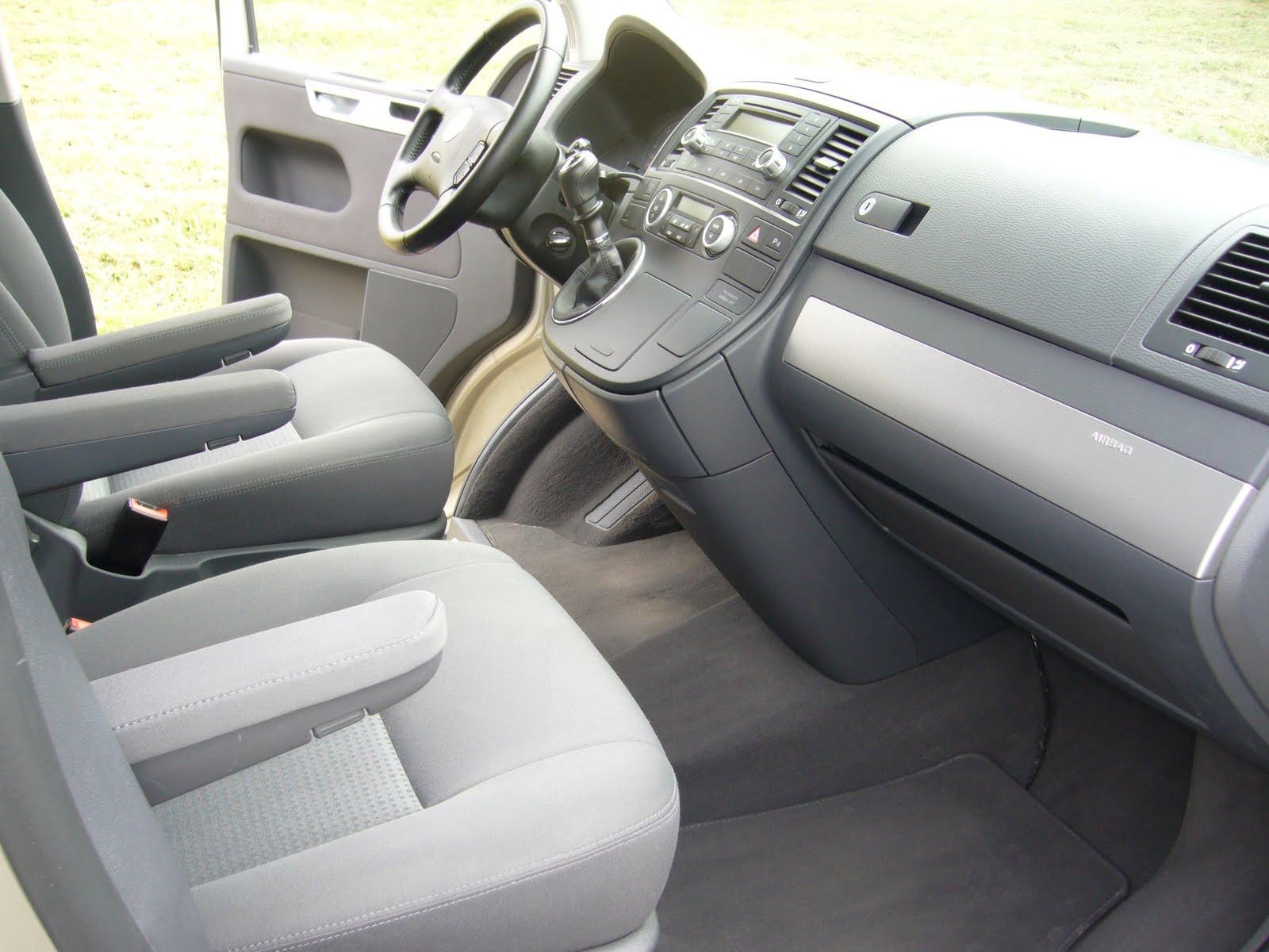 Multivan volkswagen t5 vendre multivan interieur 3 for Interieur 05