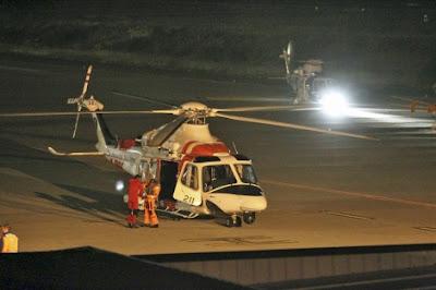 helicóptero Sobrevive 7 horas en el mar atado a 2 cadáveres