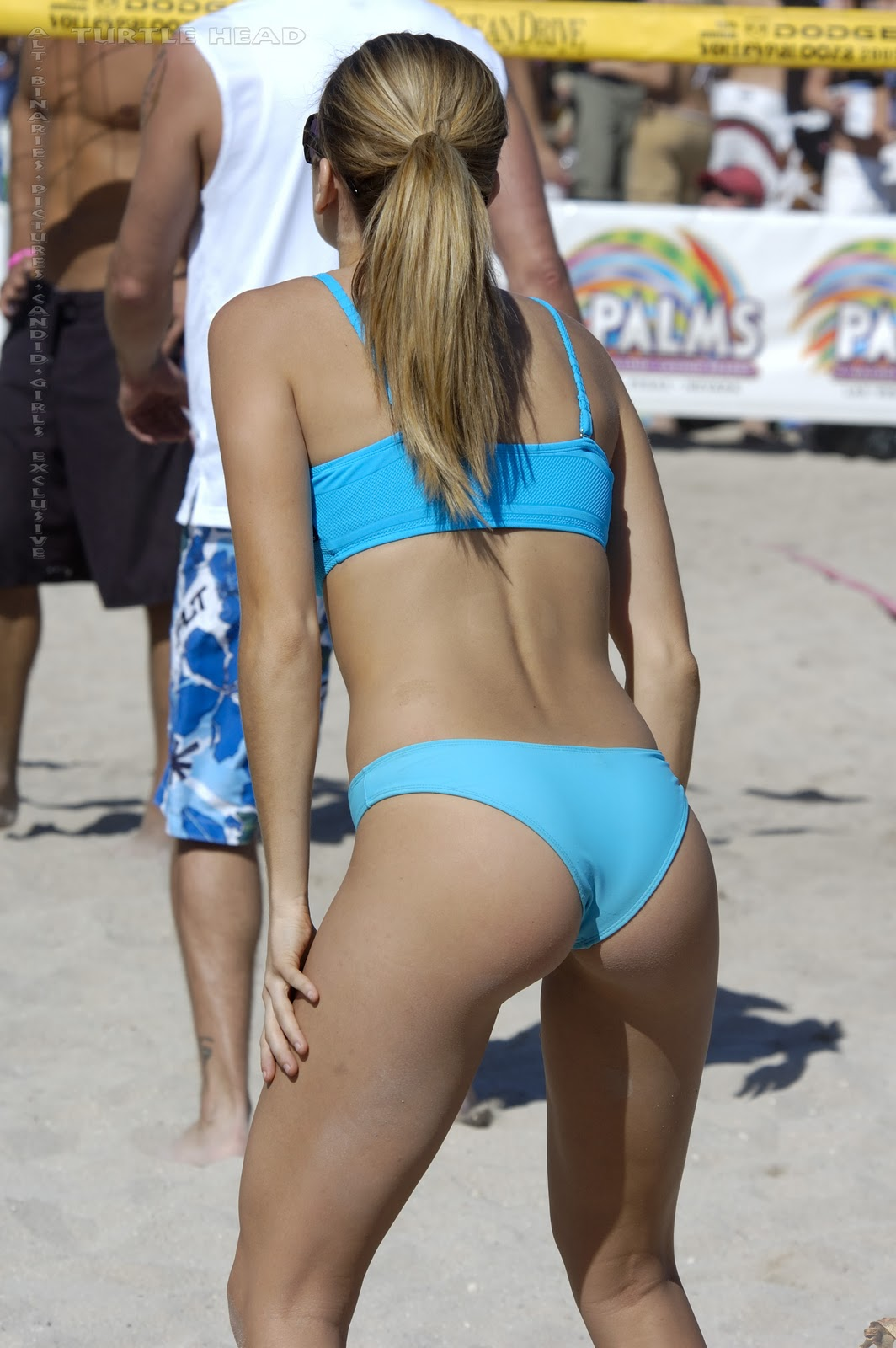 Volleyball Girls Pictures Beach volleyball girl in a nice bikini