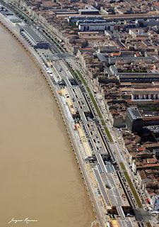 Vue aerienne quartier des Chartrons a Bordeaux