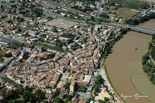 Photo aérienne de la ville de Langon
