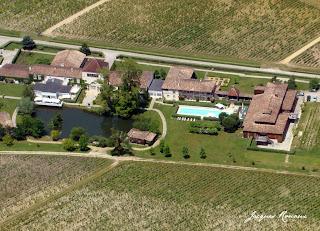 photo aérienne sources de caudalie - Bordeaux