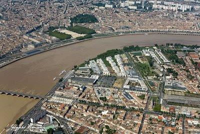 Photo aérienne de la Rive Droite de Bordeaux