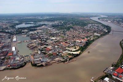Vue aérienne du quartier de Bacalan à Bordeaux