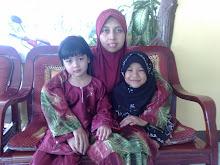 Mama, Nabeela dan Nadeea
