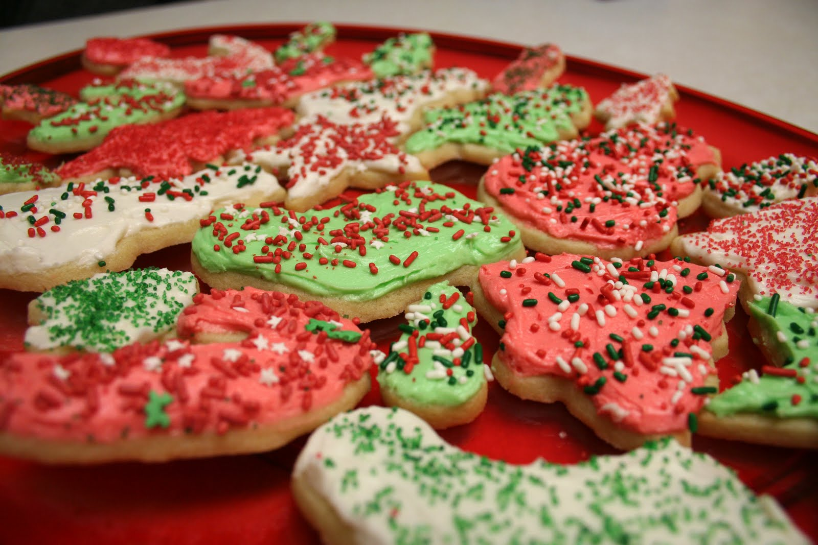 Chelsea Gets Married: Christmas Recipe #2-- Cut-Out Cookies