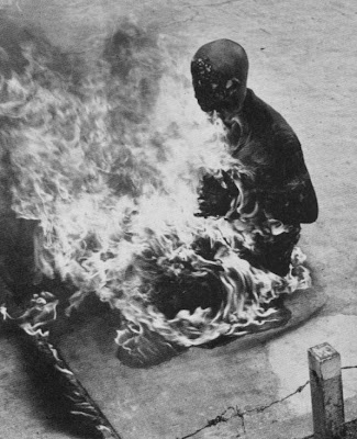 hombre en llamas sonido: