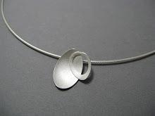 Oval petal pendant