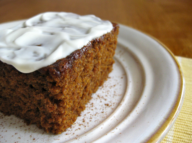 lillyella: In the Kitchen: Gingerbread Cake with Lemon Yogurt Frosting