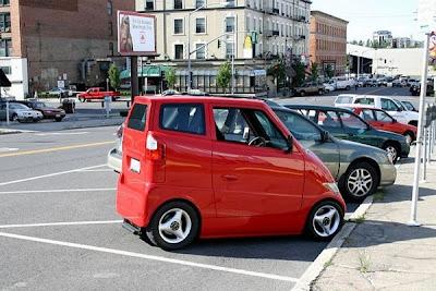 รถยนต์ที่แคบที่สุด Narrow Car