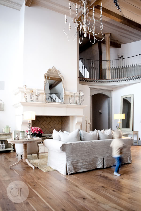 Beautiful French Nordic Living Room Of Desiree Of Decor De Provence ...