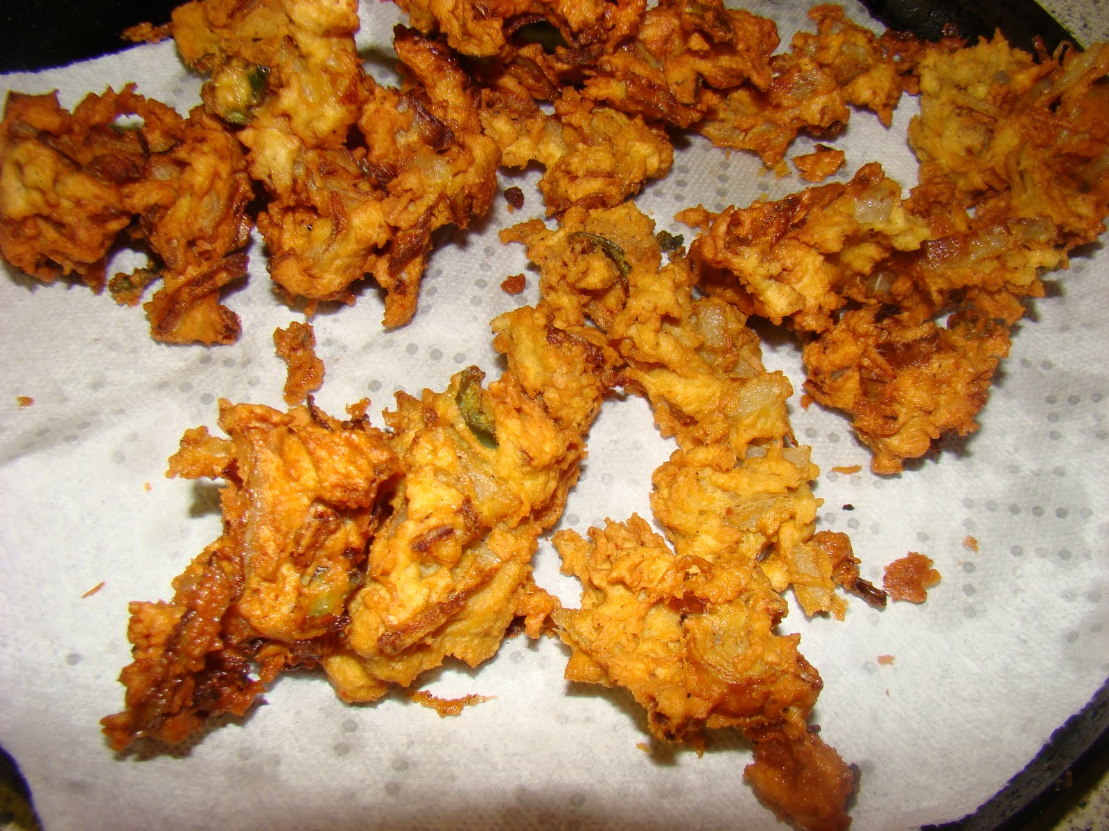 My Favorite Recipes Collection: Onion Fritters (Onion Pakoras)