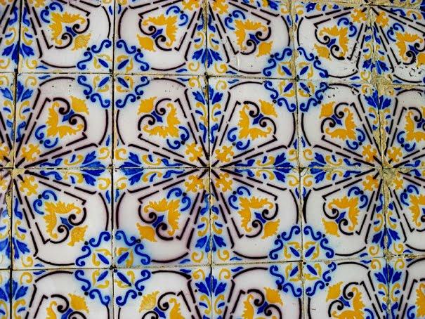 Arqui farofa arquitetura e design fachadas azulejos for Azulejos decorados