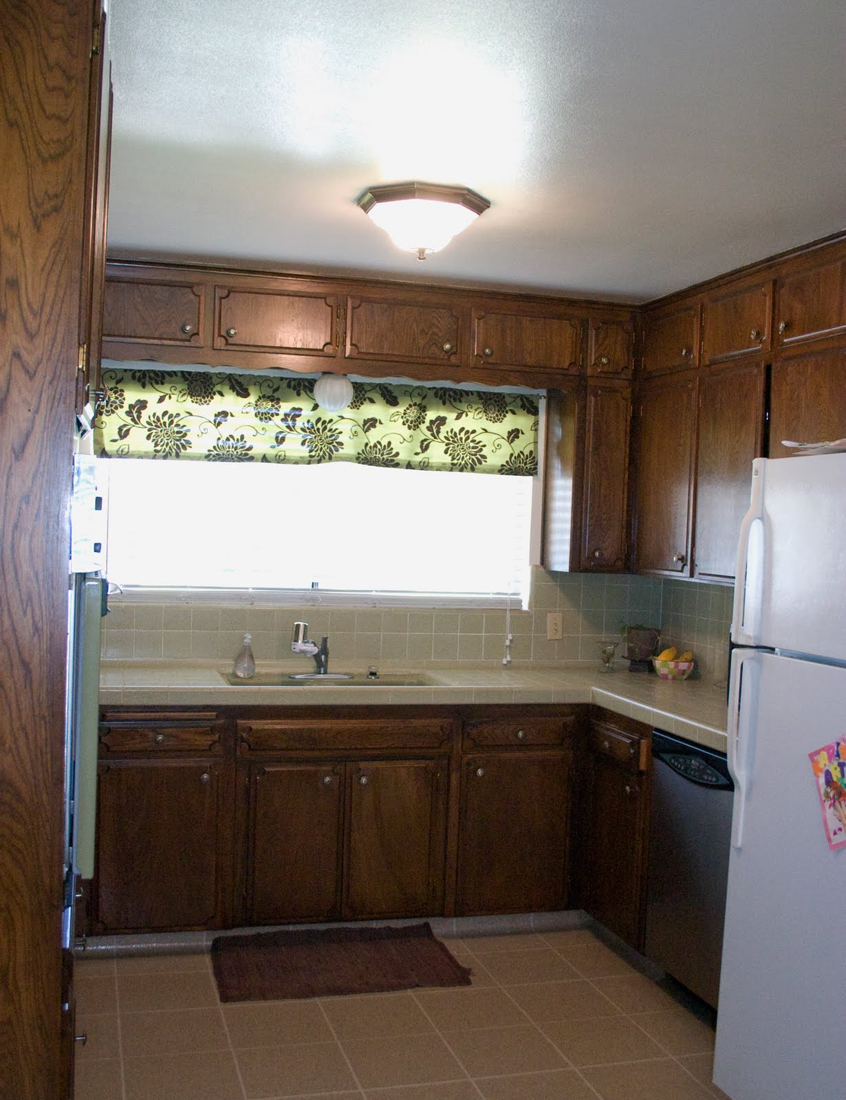 Redoing Kitchen Cabinets On A Budget - redoing kitchen cabinets on a ...
